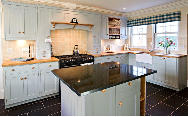 Especialistas en la fabricaci n de cocinas a medida y de calidad carpinter a de madera y - Instalador de cocinas ...